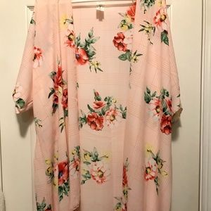 Other - New boutique 1x Cold Shoulder summer cover Roses